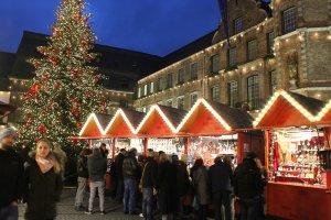 IMG 9689 300x200 - Gezellige en sfeervolle Kerstmarkt in Düsseldorf